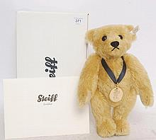 STEIFF; Bear Of The Year 2010 663666, complete with original box and certificate stuffed toy teddy b