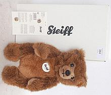 STEIFF; Grizzly Ted teddy bear 010644, complete with original box and paperwork etc