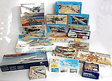 MODEL KITS: A large quantity of assorted vintage model kits to include Airfix, Frog, Tamiya, Testors