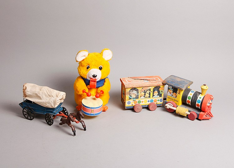 3 Collectible Toys