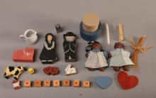Group of Country Shelf/Dollhouse Miniatures