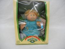 1984 Cabbage Patch Kids w/box rough condition