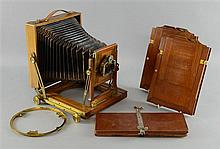 Victorian mahogany box camera `Challenge` by J Lizars, Glasgow, London with two mahogany plates in fitted case