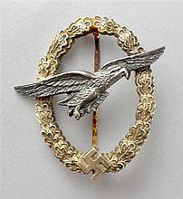 Period Third Reich Luftwaffe Glider Pilot's badge, twin rivetted, plate on alloy type, the reverse maker marked
