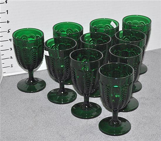 Bx - Ten Green Glass Stems