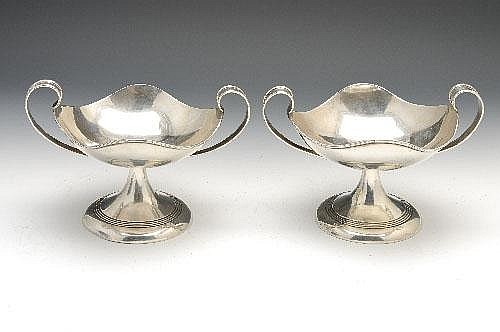 A pair of Edwardian silver tazza.