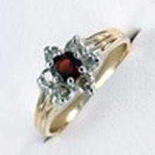 Lady's 10K Yellow Gold Garnet/ Diamond Ring(44)
