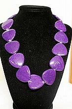 BEAUTIFUL LAVENDER LAPIS NECKLACE