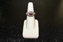 Lady's Beautifull 18 kt White Gold over Sterling Silver Zircon & Diamond Ring. JA2396