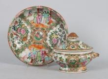 Two Chinese Export porcelain articles