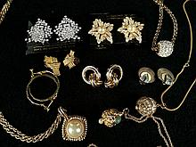 Vintage And Contemporary Jewelry: Plated Gold Necklaces