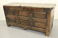 18TH CENTURY WELSH OAK COFFER, having moulded edge