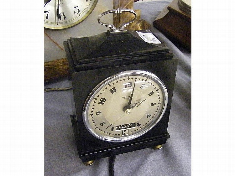 Hammond Bichronous electric mantel calendar clock,