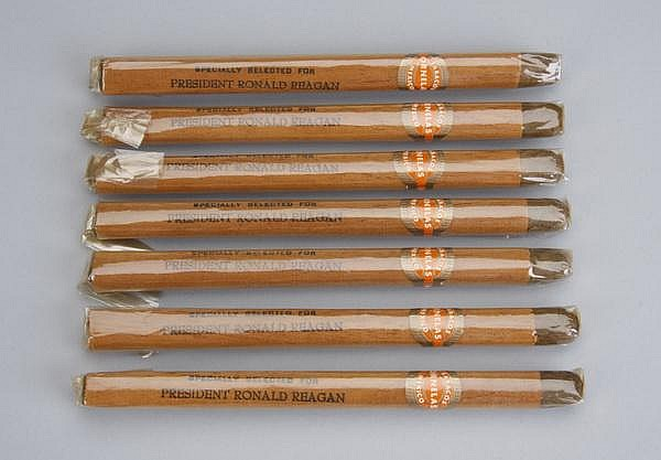 (7) Reagan White House presidential cigars