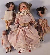 A small quantity of early 20thC bisque dolls of miniature form
