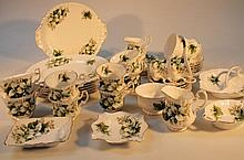 A Royal Albert Trillium part service, to include plates 28cm dia., side plates, serving dishes, cups