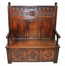 17th Century English Settee with Storage Trunk