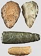 ÄGYPTEN UND MESOPOTAMIEN - Zwei Faustkeile und zwei Sicheleinsätze, Steinzeit der Sahara