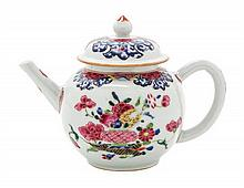 A Chinese Export Porcelain Teapot Height 5 1/4 inches.