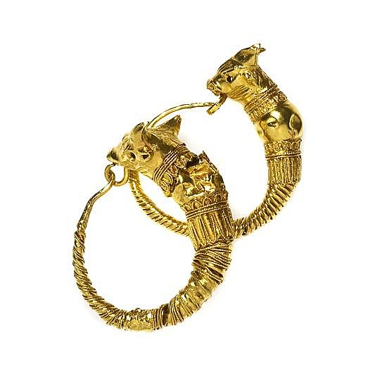 A Pair of Hellenistic Yellow Gold Earrings, 3rd Century B.C., 4.30 dwts.