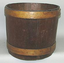 Wooden banded dry measure