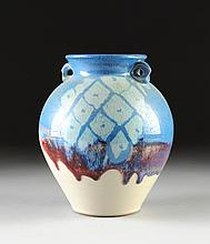 AN AMERICAN POLYCHROME SLIP GLAZED STUDIO POTTERY VASE, BY MICHAEL SAUL (AMERICAN/TEXAS 20TH CENTURY),