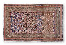 A SEMI ANTIQUE FEREGHAN CARPET, EARLY 20TH CENTURY,