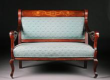 AN AMERICAN VICTORIAN MAHOGANY SETTEE AND TWO CHAIRS, 19TH CENTURY,