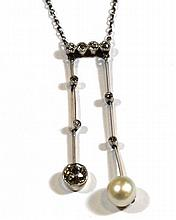 Art-Deco necklace with diamond and Baroque pearl
