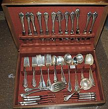 80 PIECE SET OF VINTAGE WALLACE STERLING FLATWARE