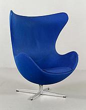 Hansen by Jacobsen Egg Chair
