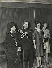 Royalty. Constantine II of Greece, Queen Anne-Marie of Greece & Archibishop of Cyprus Makarios III. Large silver print photo dim.30x40cm.