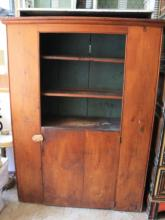 Antique American Kitchen Cupboard Hutch