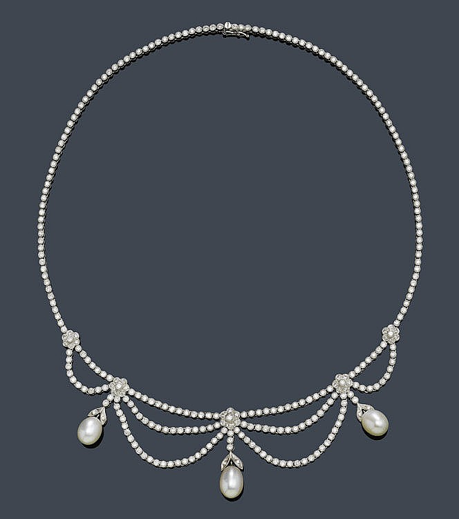 PEARL AND DIAMOND NECKLACE. White gold 750.