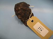 Carved burr wood figural carved pipe bowl in the form of Voltaire