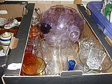 Box containing a quantity of various 20th Century glass