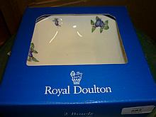 Royal Doulton Blueberry pattern, ten place setting dinner service with oval serving bowls, all in original boxes