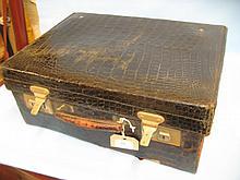 Black crocodile leather dressing case