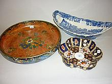Copeland Spode Italian pattern oval castellated fruit dish, a Mintons Imari pattern dish and a Grimwades fruit bowl