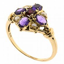 A 9CT GOLD GEM SET RING; set with square cut ruby and 4 oval cut amethysts and seed pearls. Size O