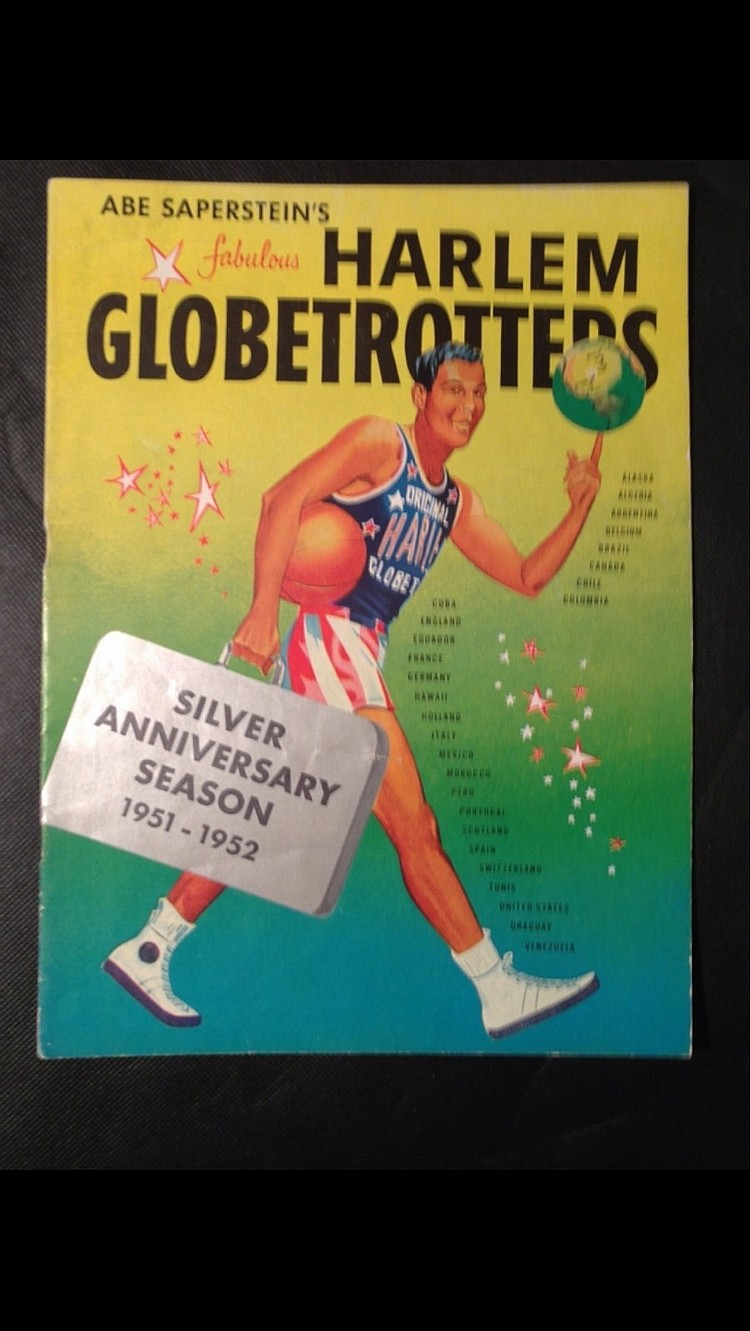 HARLEM GLOBETROTTERS 1951-52 SILVER ANNIV. SEASON SOUVENIR PROGRAM!