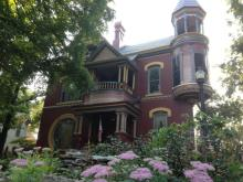 1887 Queen Anne Victorian Home in Ft. Scott Kansas