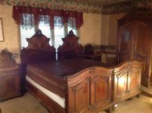 1862 Bedroom Set - 5 Piece Set for ONE Money.....