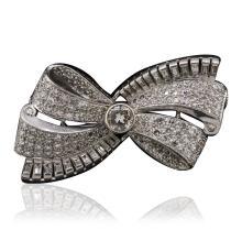 Platinum 4.98ctw Diamond Brooch