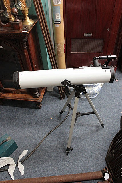 AN INPHASE REFLECTING TELESCOPE, 26