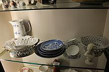 A COLLECTION OF ROYAL COPENHAGEN ONION PATTERN AN