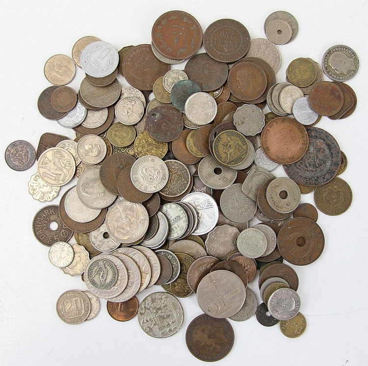 NEARLY 2 LBS OF FOREIGN WORLD COINS