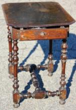 EARLY 18TH C ENGLISH WILLIAM AND MARY 1 DRAWER