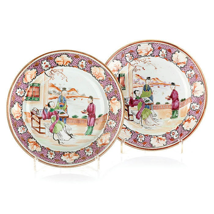 Pair of plates in Chinese porcelain, Little Princess
