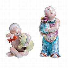 Two boys figures in Chinese porcelain, Qing Dynasty, Daoguang